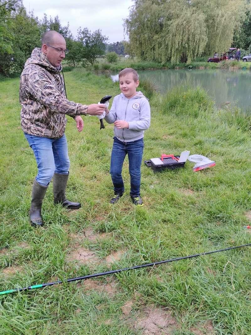 Journée pêche le 19 mai  Img_2056