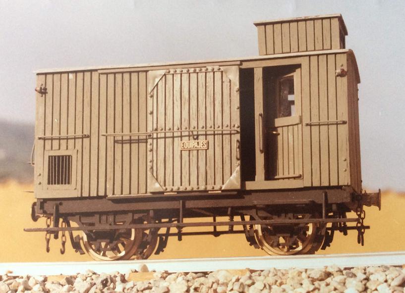 Furgo sèrie 1 a 6 del tren d'Olot A20