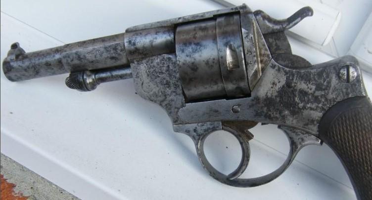 Restauration revolver 1873 A_resu10