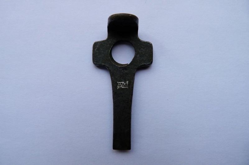 Les petits outils pour les P 08 de l'armée allemande de 1934 à 1942. Outil_16