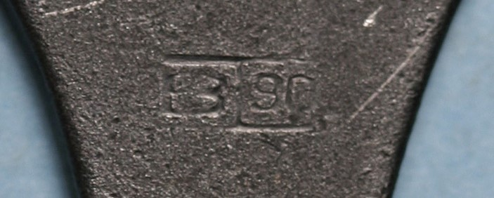 Les petits outils pour les P 08 de l'armée allemande de 1934 à 1942. Outil_19