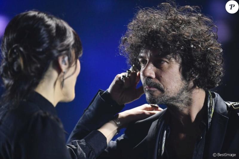 TF1-Merci Johnny - enreg le 13 décembre -Diff le 6 janvier à 21h 37644310