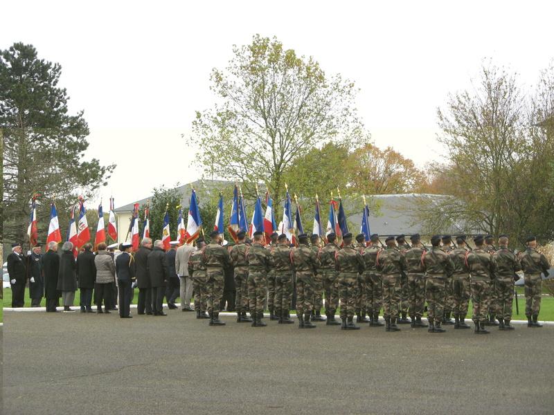 STELE DU CPA 10  Base d'Orléans-BRICY le 10.11.17 Cpa10_27