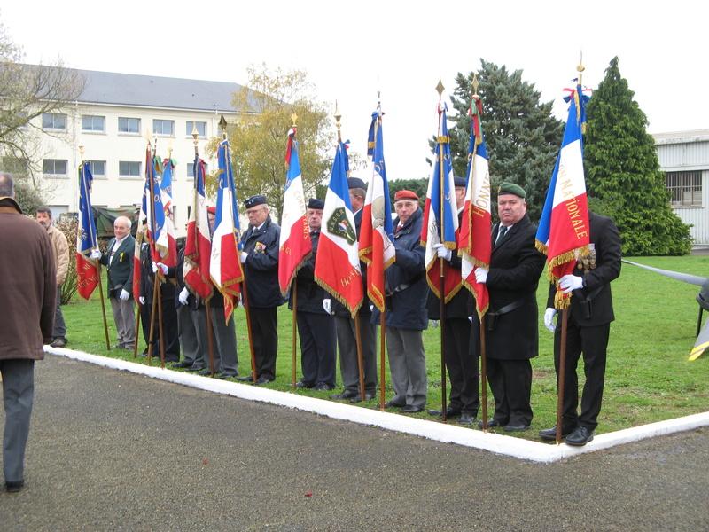 STELE DU CPA 10  Base d'Orléans-BRICY le 10.11.17 Cpa10_29