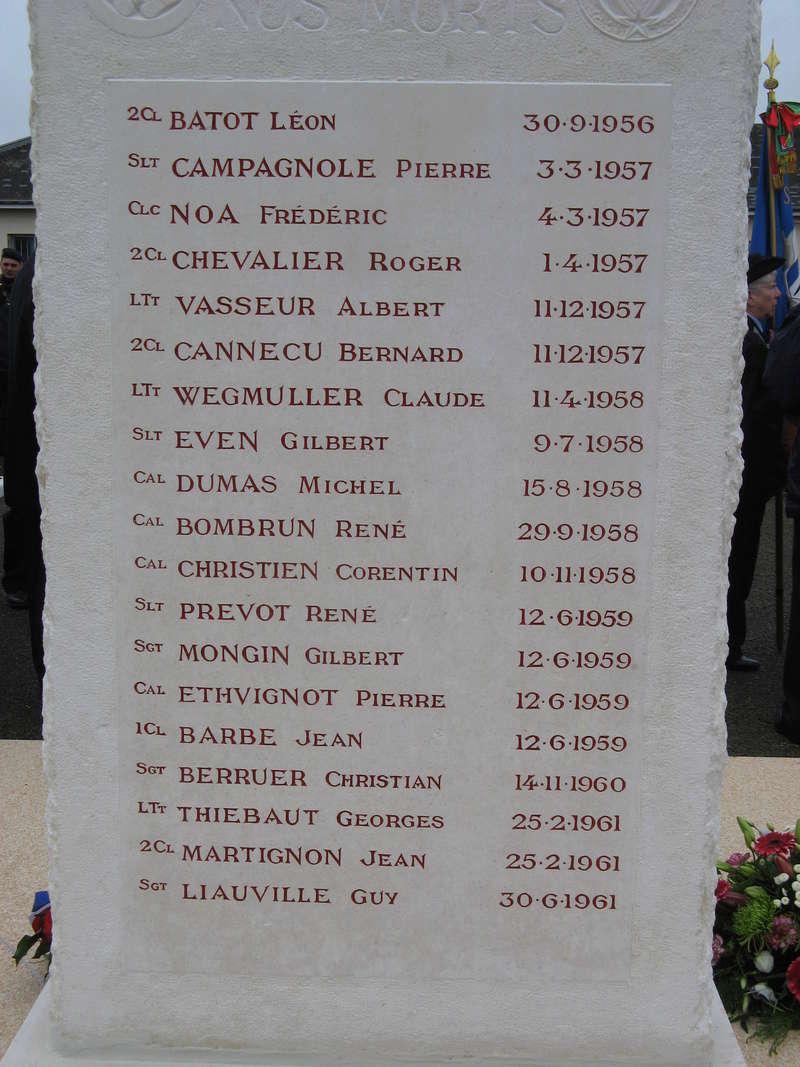 STELE DU CPA 10  Base d'Orléans-BRICY le 10.11.17 Cpa10_33