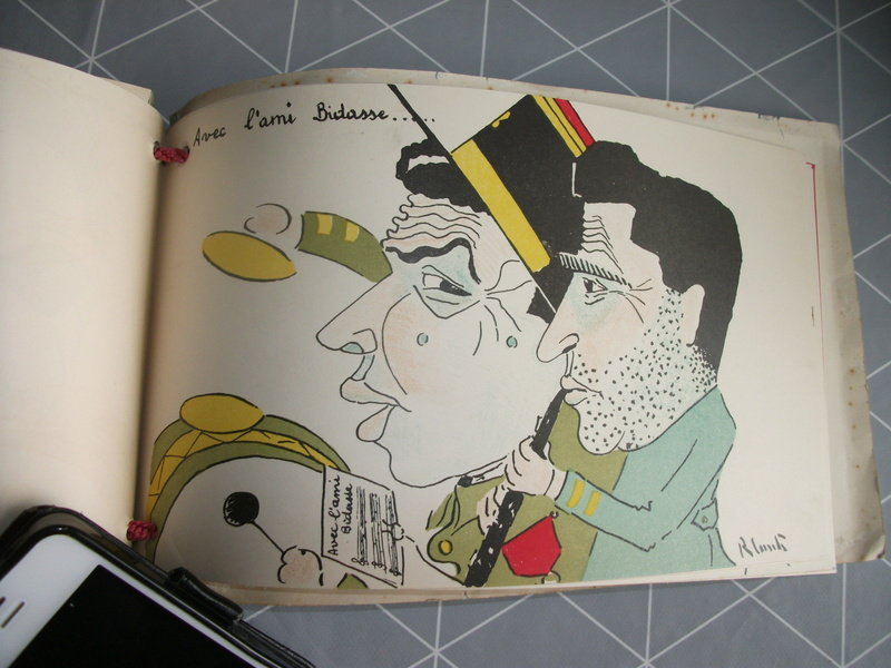 Livre  caricature français 23_04210