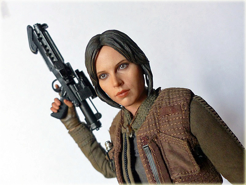 MMS404 MMS405 DX - STAR WARS THE ROGUE ONE - JYN ERSO - Page 2 Salon_93