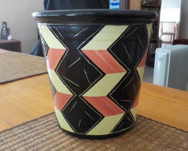 Warren Tippett - article by Martin Edmond, Pottery in Australia Dscn3210