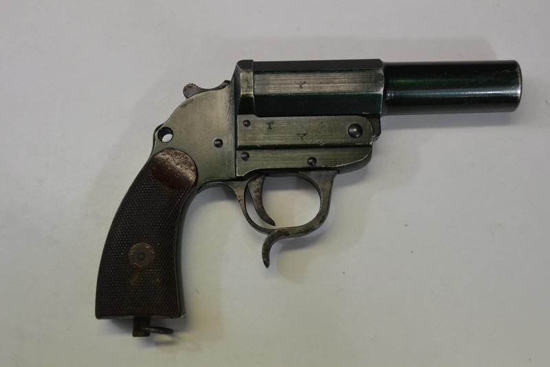Pistolet Lance fusée Dsc_0113