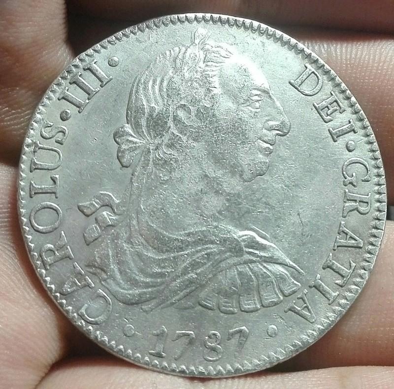 8 reales 1787 México ¿Falsa? 113