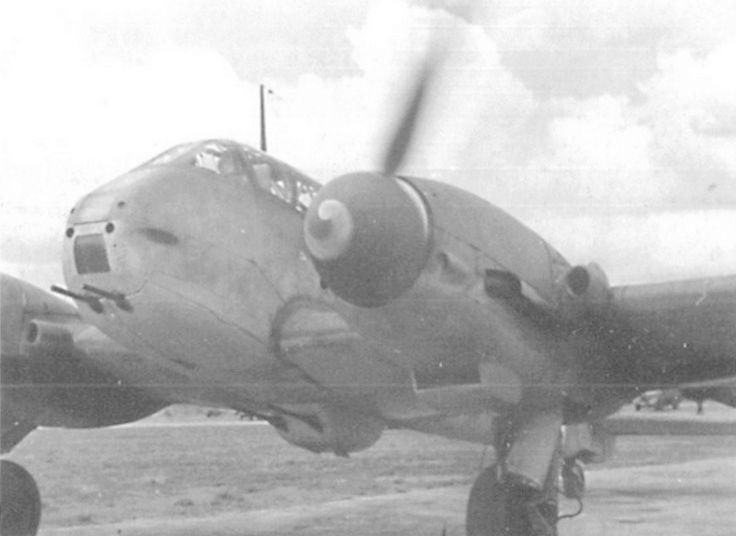 Messerschmitt Me 410B-2/U2/R4 (MENG 1/48) - Page 2 110