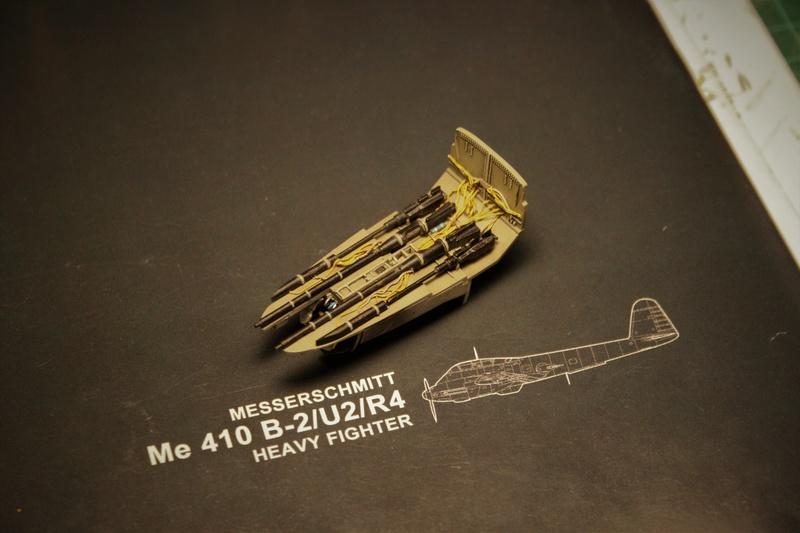 Messerschmitt Me 410B-2/U2/R4 (MENG 1/48) - Page 2 Img_4616
