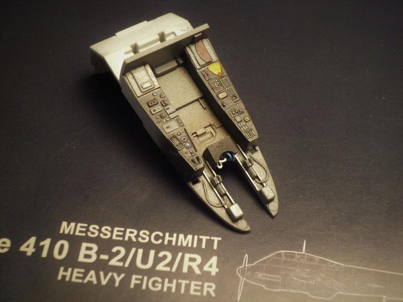 """Messerschmitt Me410B-2/U2/R4 """"Hornisse"""" (MENG 1/48) - Page 2 P1100813"""