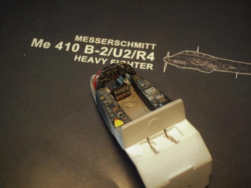 """Messerschmitt Me410B-2/U2/R4 """"Hornisse"""" (MENG 1/48) - Page 2 P1100825"""
