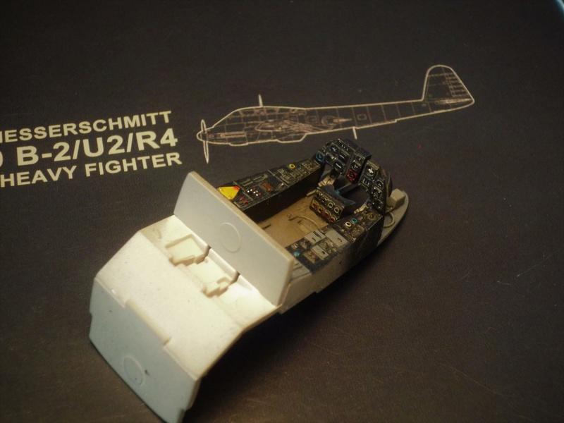 """Messerschmitt Me410B-2/U2/R4 """"Hornisse"""" (MENG 1/48) - Page 2 P1100827"""