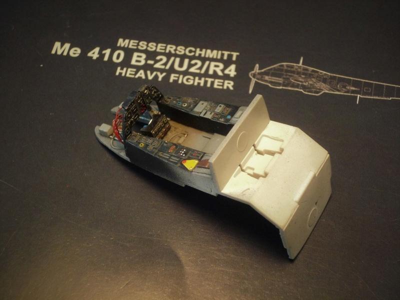 """Messerschmitt Me410B-2/U2/R4 """"Hornisse"""" (MENG 1/48) - Page 2 P1100828"""