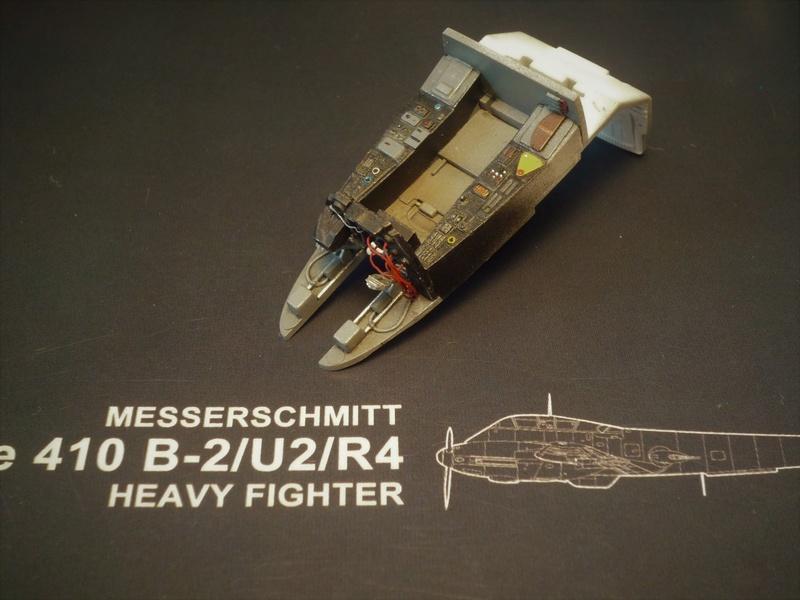 """Messerschmitt Me410B-2/U2/R4 """"Hornisse"""" (MENG 1/48) - Page 2 P1100829"""