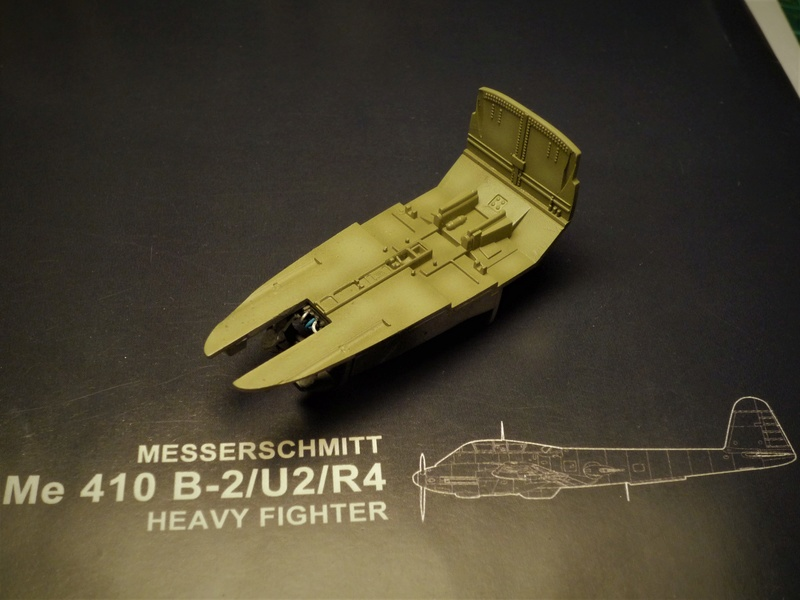 Messerschmitt Me 410B-2/U2/R4 (MENG 1/48) - Page 2 P1100833