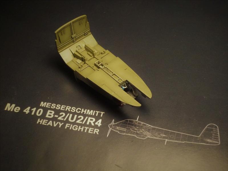 Messerschmitt Me 410B-2/U2/R4 (MENG 1/48) - Page 2 P1100835