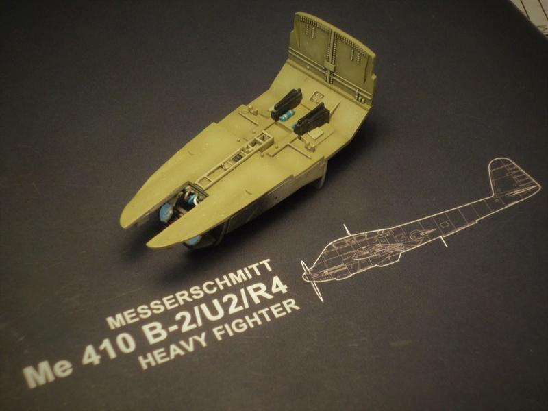 Messerschmitt Me 410B-2/U2/R4 (MENG 1/48) - Page 2 P1100836