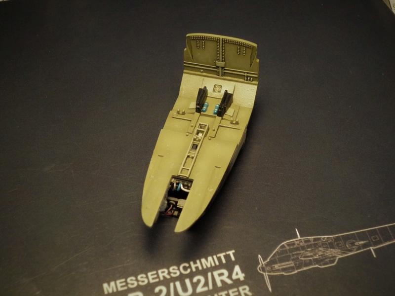 Messerschmitt Me 410B-2/U2/R4 (MENG 1/48) - Page 2 P1100837