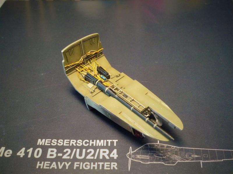 Messerschmitt Me 410B-2/U2/R4 (MENG 1/48) - Page 2 P1100839