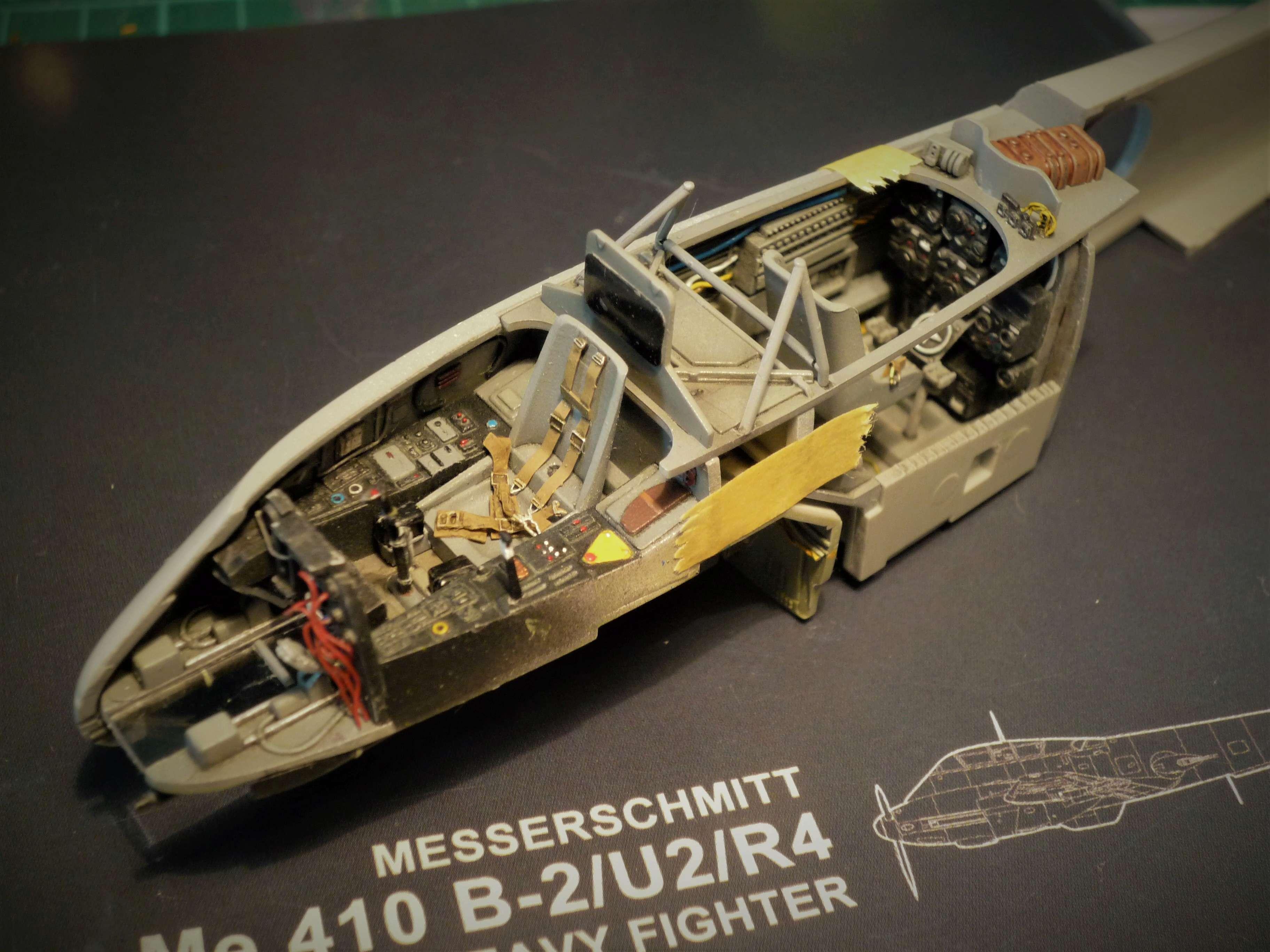 """Messerschmitt Me410B-2/U2/R4 """"Hornisse"""" (MENG 1/48) - Page 7 P1100930"""