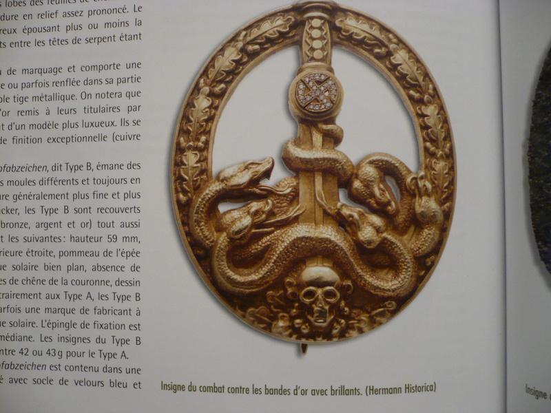 BANDENKAMPFABZEICHEN Juncker bronze type 2 1810