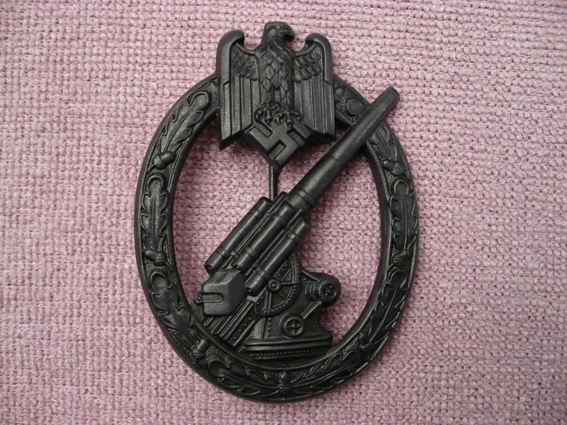 Heeres Flakabzeichen Hermann Aurich (insigne de la défense antiaérienne armée de terre) 215