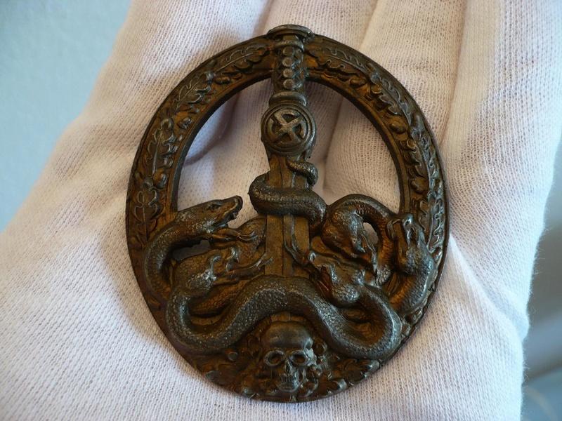 BANDENKAMPFABZEICHEN Juncker bronze type 2 86542611