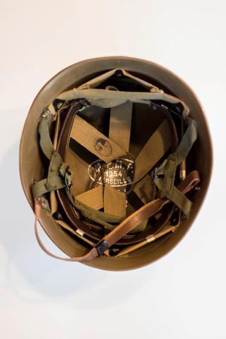 Parachutistes en Algérie (tenues & équipements) Img_5947