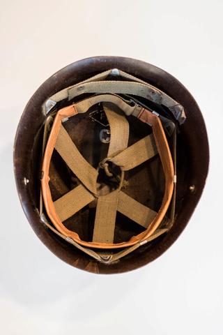 Parachutistes en Algérie (tenues & équipements) Img_6013