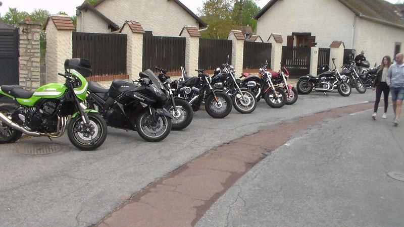 LORMAYE 28 - 3 ème Rassemblement American Legend , voitures et motos anciennes  - Page 2 Sam_1142