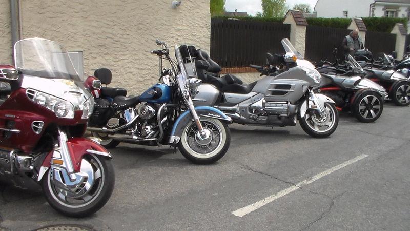 LORMAYE 28 - 3 ème Rassemblement American Legend , voitures et motos anciennes  - Page 2 Sam_1143