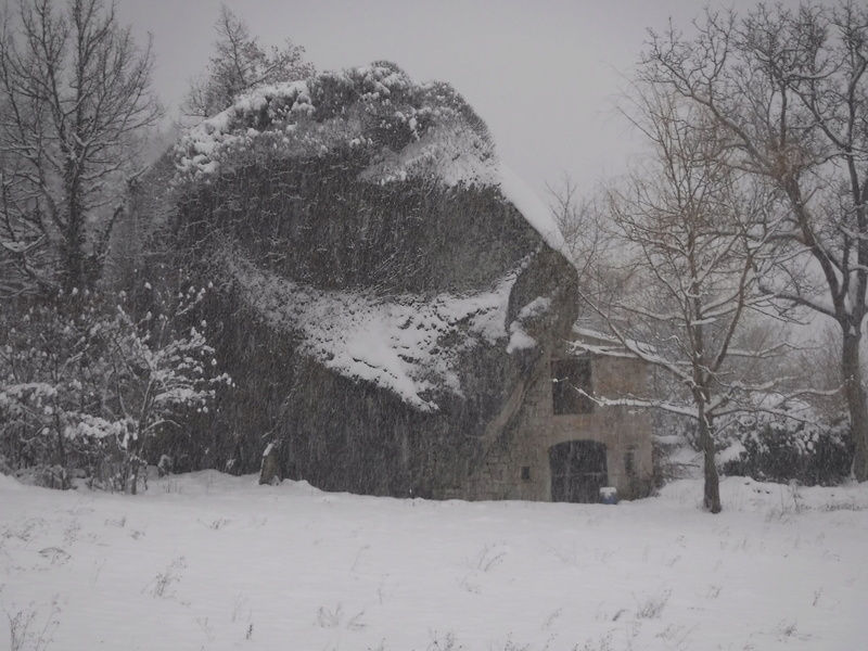 La neige sur mon village Dscf6310