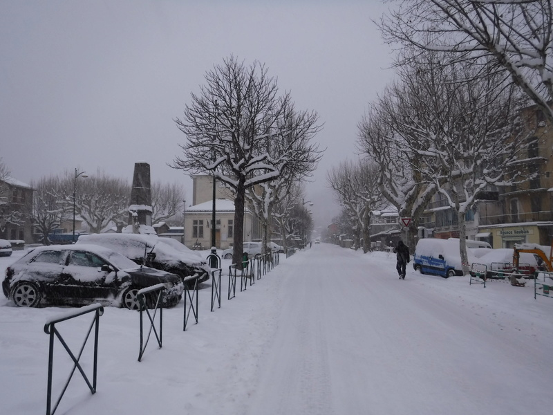 La neige sur mon village Dscf6312