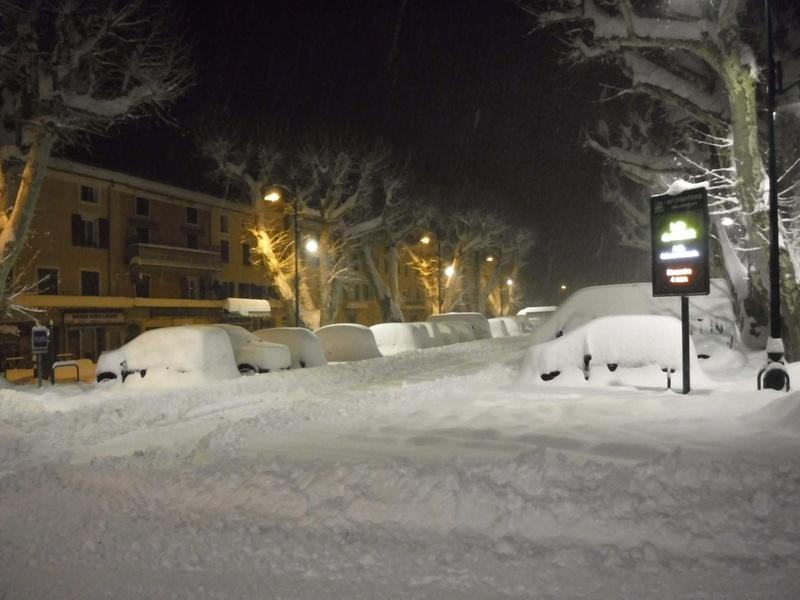 La neige sur mon village Dscf6317