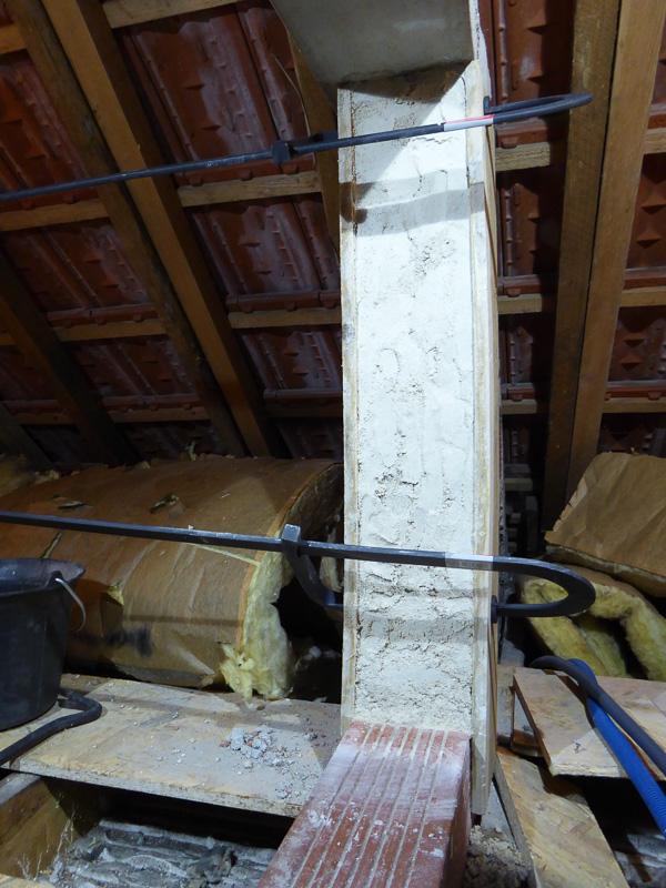 [Renovation de ma maison] Electricité, isolation et placo : le chantier - Page 6 P1020317
