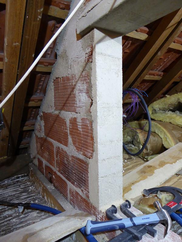 [Renovation de ma maison] Electricité, isolation et placo : le chantier - Page 6 P1020325