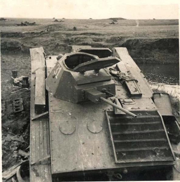 Problème moteur près d'un T-60 détruit T-60_012
