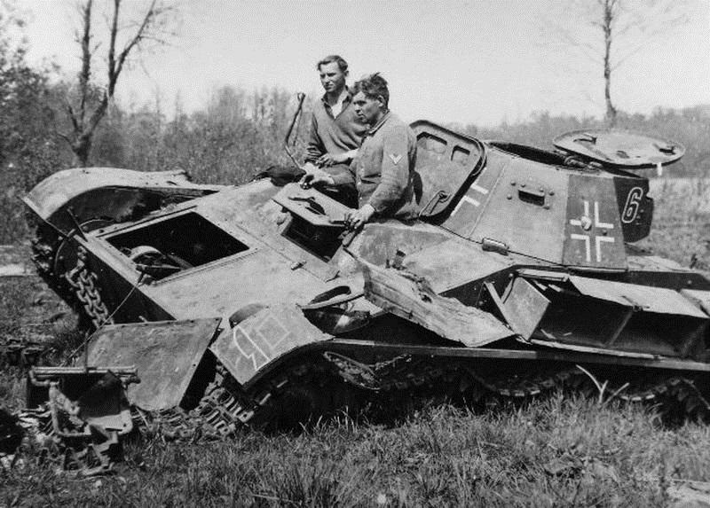 Problème moteur près d'un T-60 détruit T-60_014