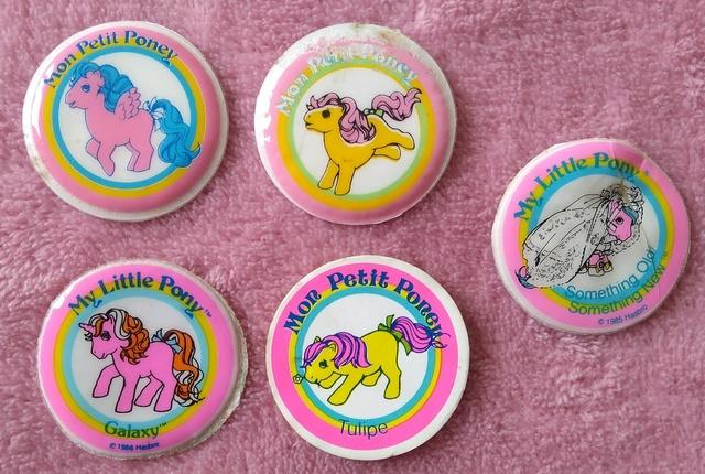 Stickers vendu avec les petits poneys  Img_2375