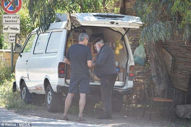 George biking in Sardinia  33553710