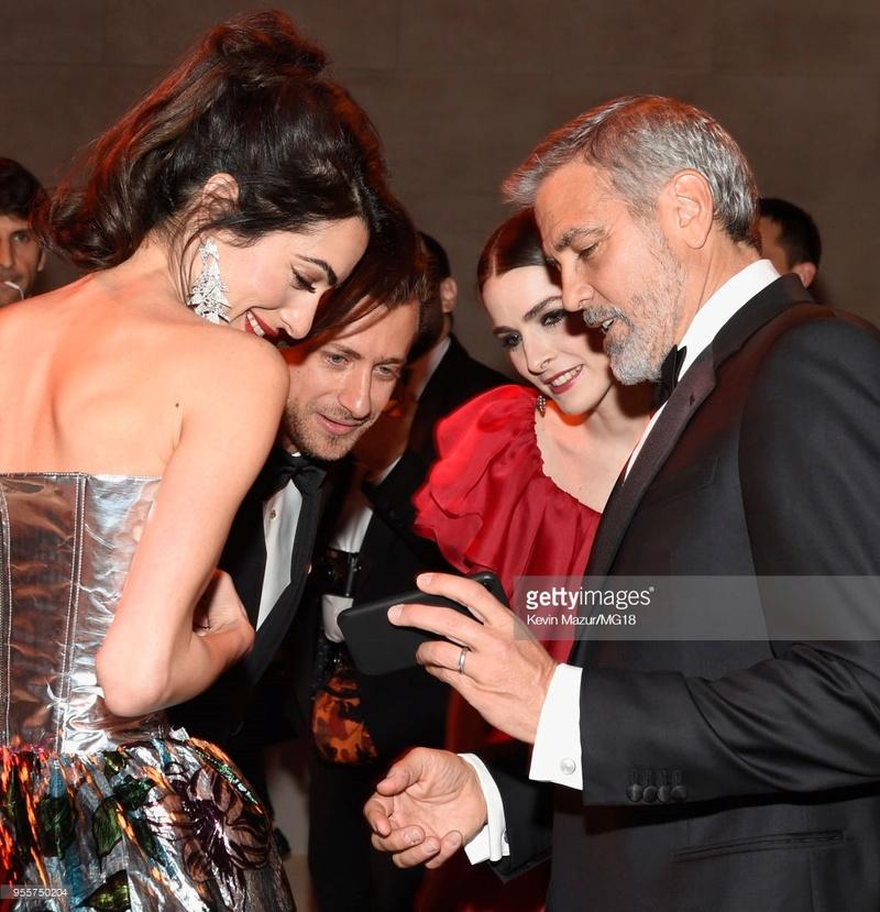George and Amal at Met Gala - Page 2 95575010