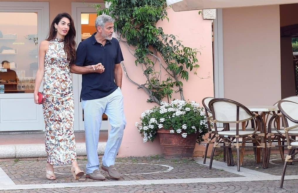 George and Amal out for dinner in Sardinia (2) Mr_mrs21