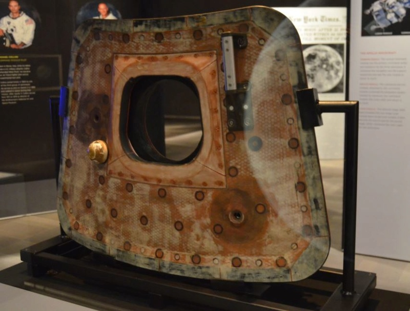 Apollo 11 Command Module at St. Louis Science Center 3_216