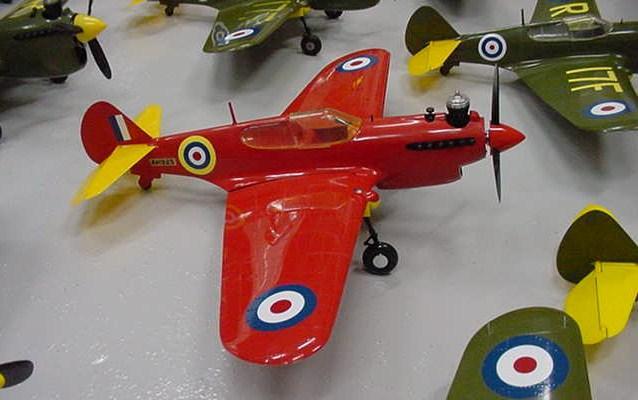 Cox P-40 and Testors P-40 N_a_510