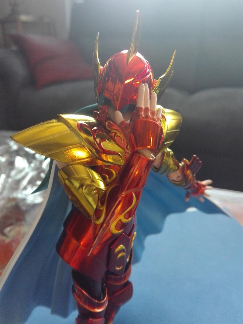 Les photos/montages de votre Myth Cloth EX du Dragon des Mers - Page 2 Img_2034