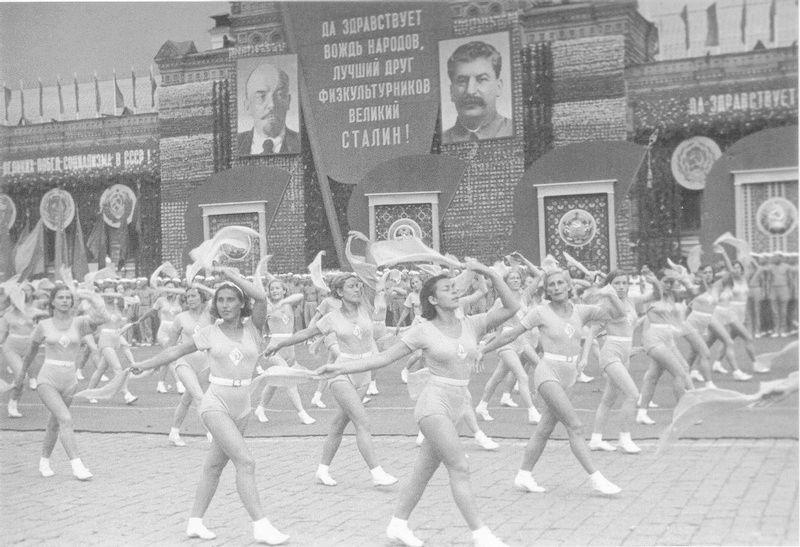 Un peu de Soviétique  - Page 10 511