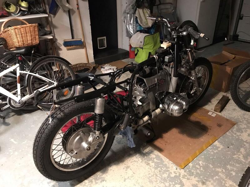 R90S DE 1975 en restoration avec photos  - Page 2 Ba362610
